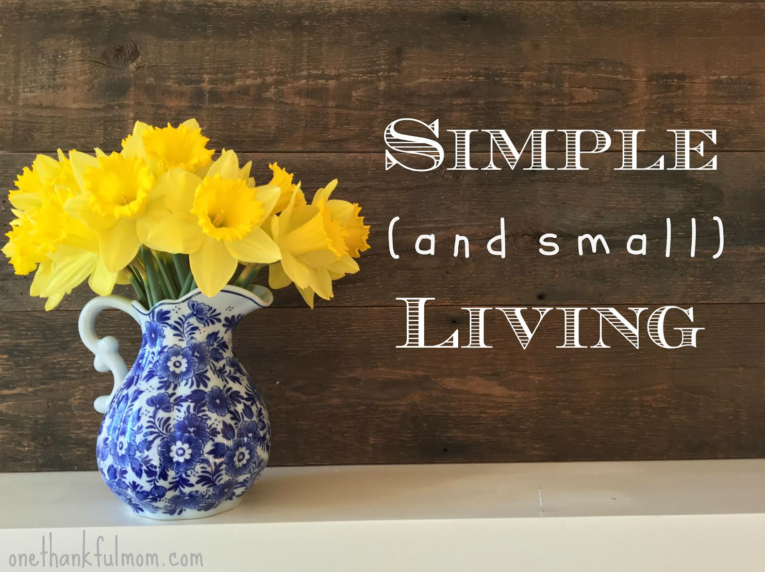 simple living header